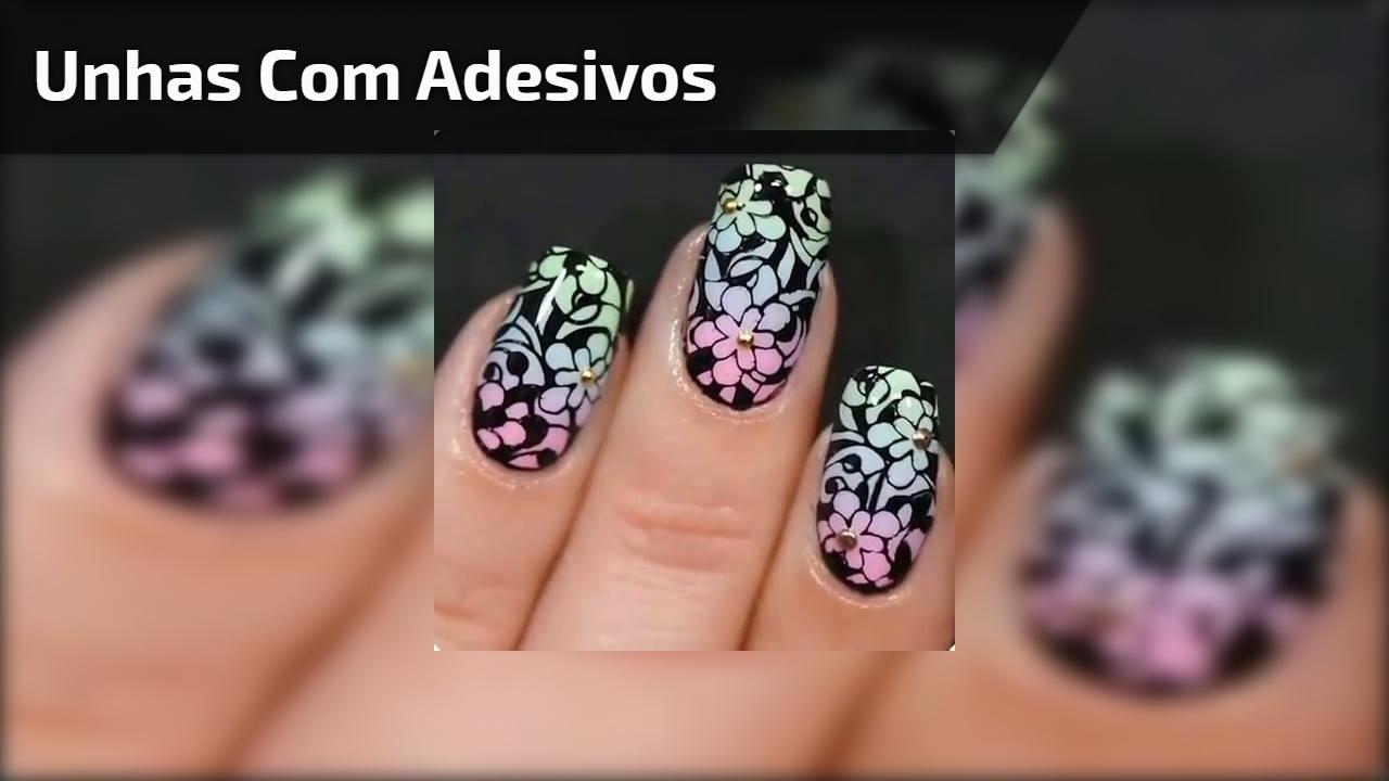 Decoração de unhas com adesivos, e outras lindas inspirações!!!