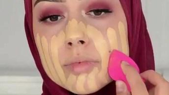 Dois Em Um - Escolha A Maquiagem Que Mais Te Agrada E Mãos A Massa!