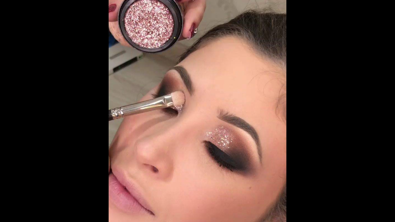 Finalizando sombra com Glitter bronze rosado