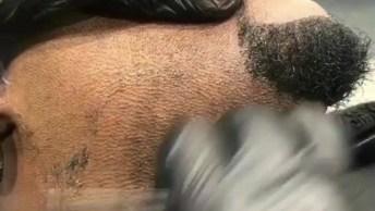 Homens Fazendo A Barba, Veja Que Trabalho Incrível Destes Profissionais!