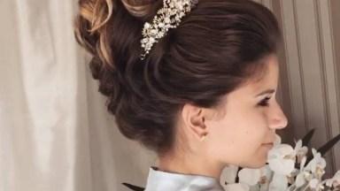 Inspiração De Coque Para Noivas, Veja Que Coisa Mais Linda Este Penteado!