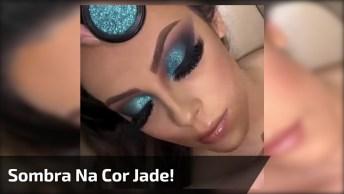 Inspiração De Maquiagem Para Formatura Com Sombra Com Brilho Na Cor Jade!