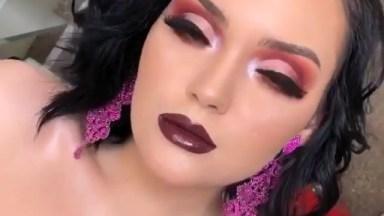 Inspiração De Maquiagem Para Formatura Com Sombra Vermelha E Batom Escuro!