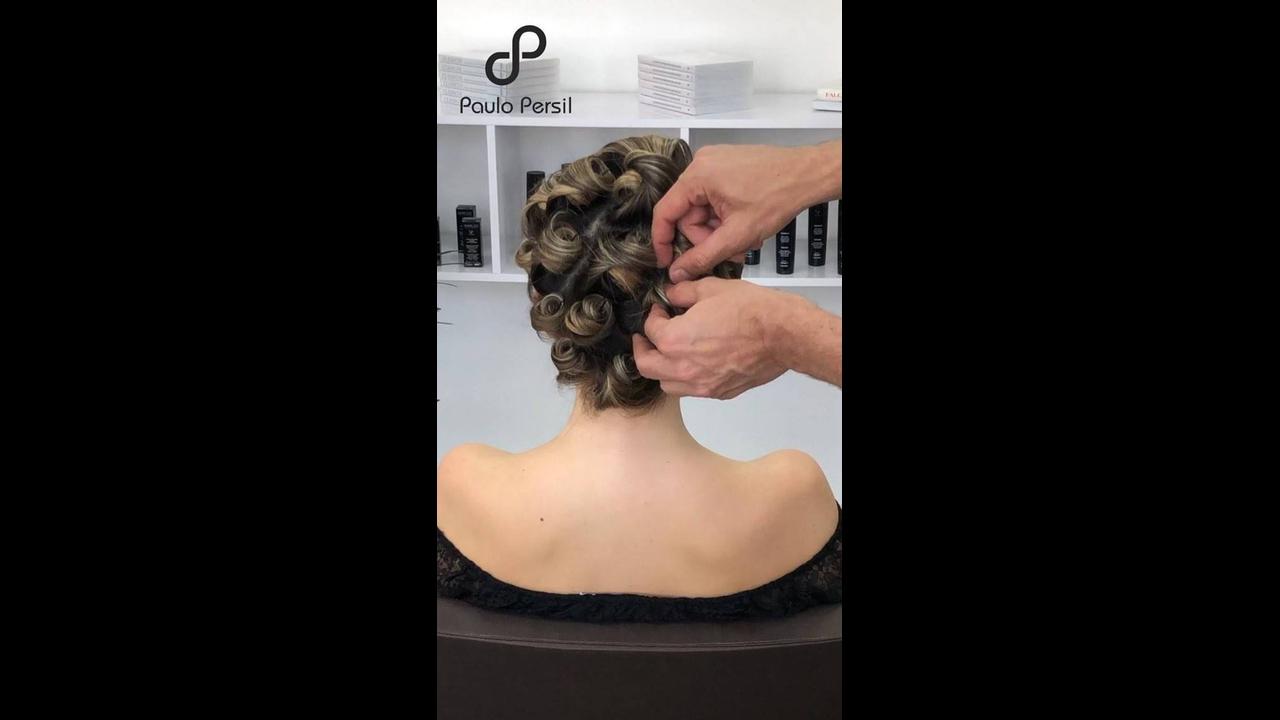 Inspiração de penteado para madrinhas de casamento e formandas