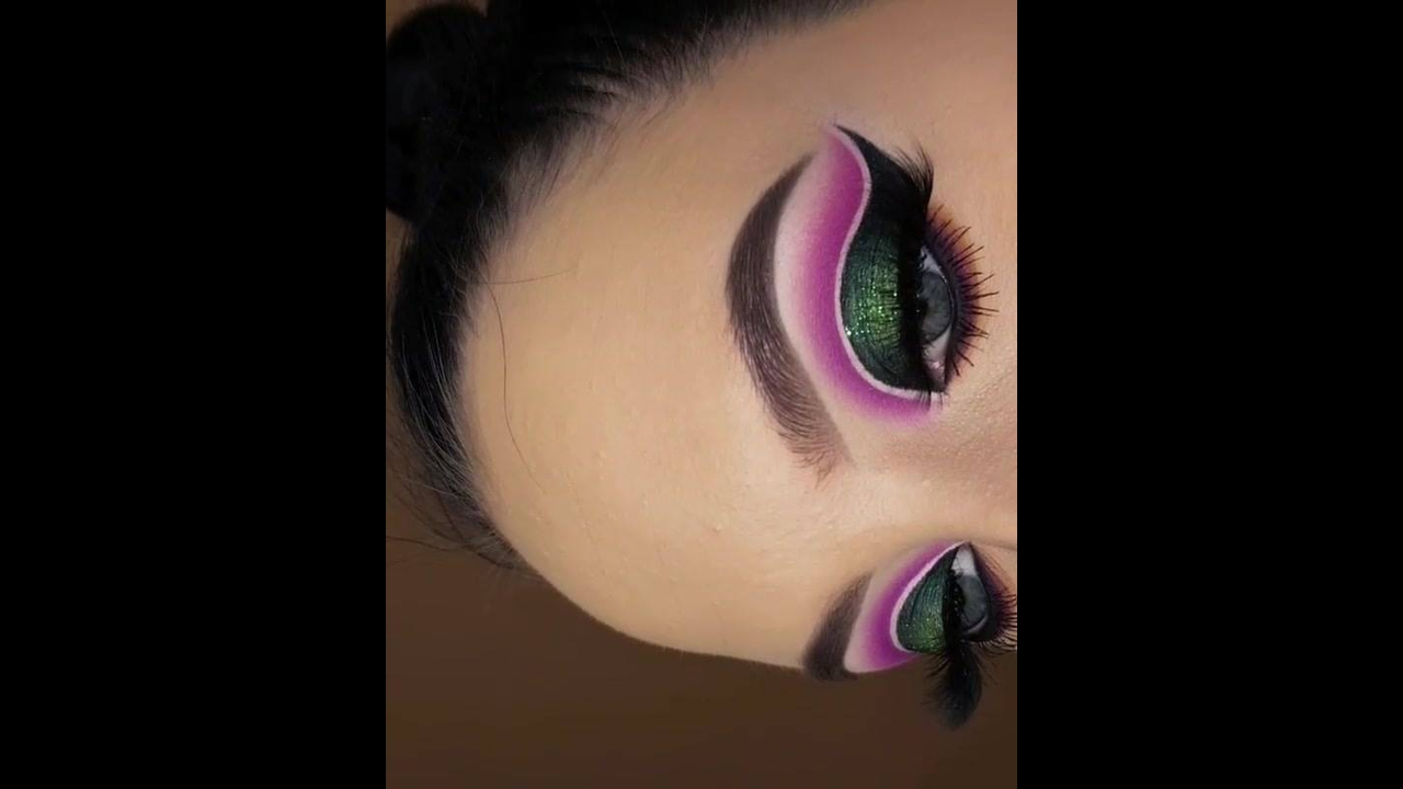 Inspiração de sombra verde com esfumado rosa