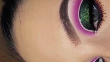 Inspiração De Sombra Verde Com Esfumado Rosa, Olha Só Que Linda!