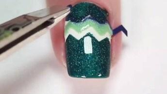 Inspiração De Unhas Decoradas Nas Cores Verde Escuro E Verde Claro!