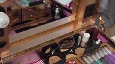 Mala Dos Sonhos De Qualquer Maquiagem Que Ama Maquiagem, Simplesmente Perfeita!