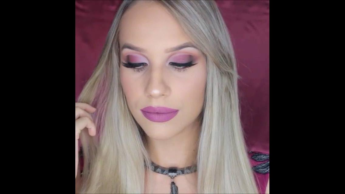 Maquiagem com batom rosa maravilhoso