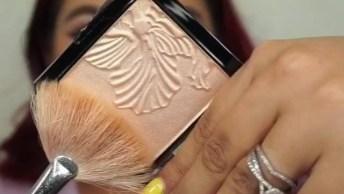 Maquiagem Com Esfumado Marrom, E Sombra Com Glitter Cobre, Veja Que Linda!