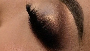 Maquiagem Com Esfumado Nos Cantos Dos Olhos, Fica Muito Lindo!