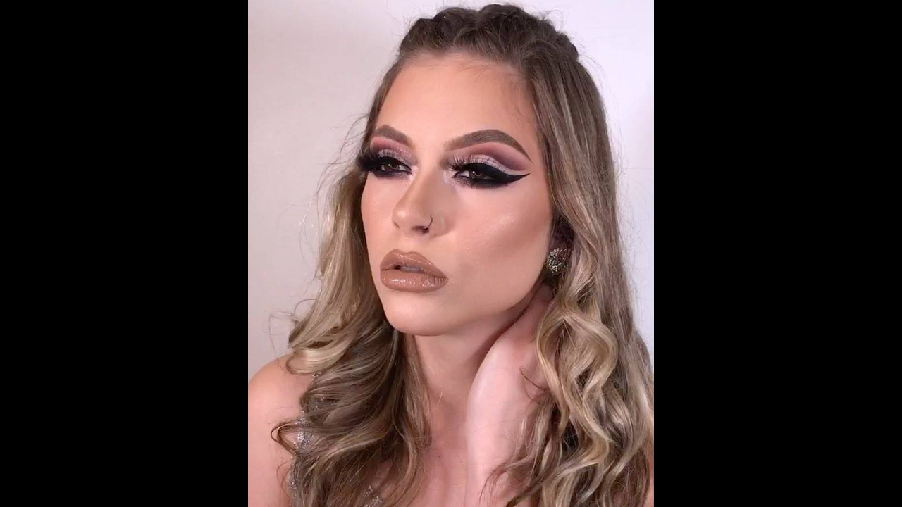 Maquiagem com olhar marcante, vale a pena conferir e compartilhar!