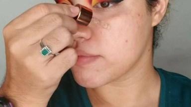 Maquiagem Com Olhos Bem Destacados, Para Mulheres Ousadas!