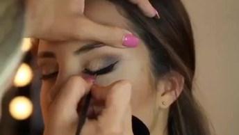 Maquiagem Com Olhos Esfumados, Pele Bem Preparada Com Contorno, E Batom Rosa!