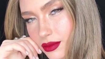 Maquiagem Com Sombra Bem Clara E Batom Vermelho, Uma Combinação Perfeita!