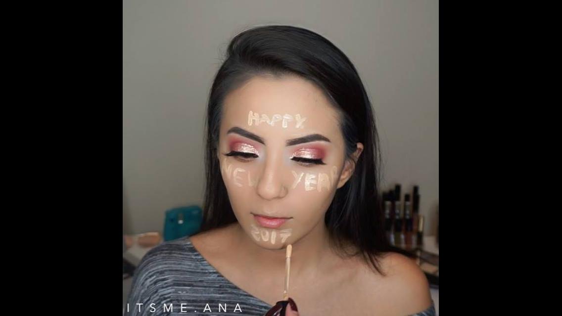 Maquiagem com sombra degradê rosa