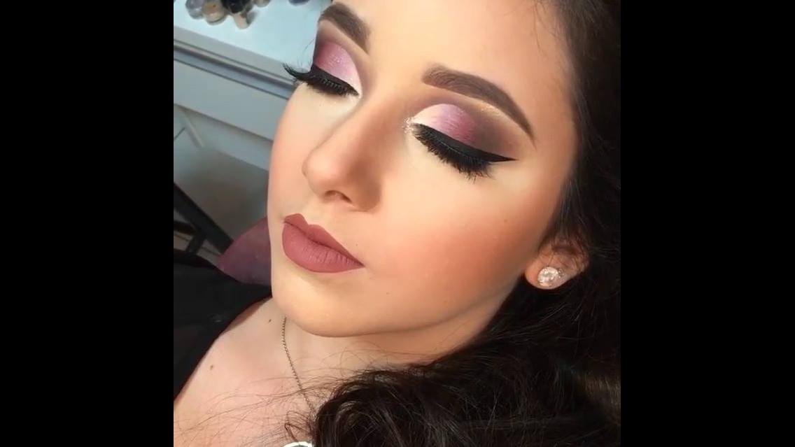 Maquiagem com sombra em degradê para formatura