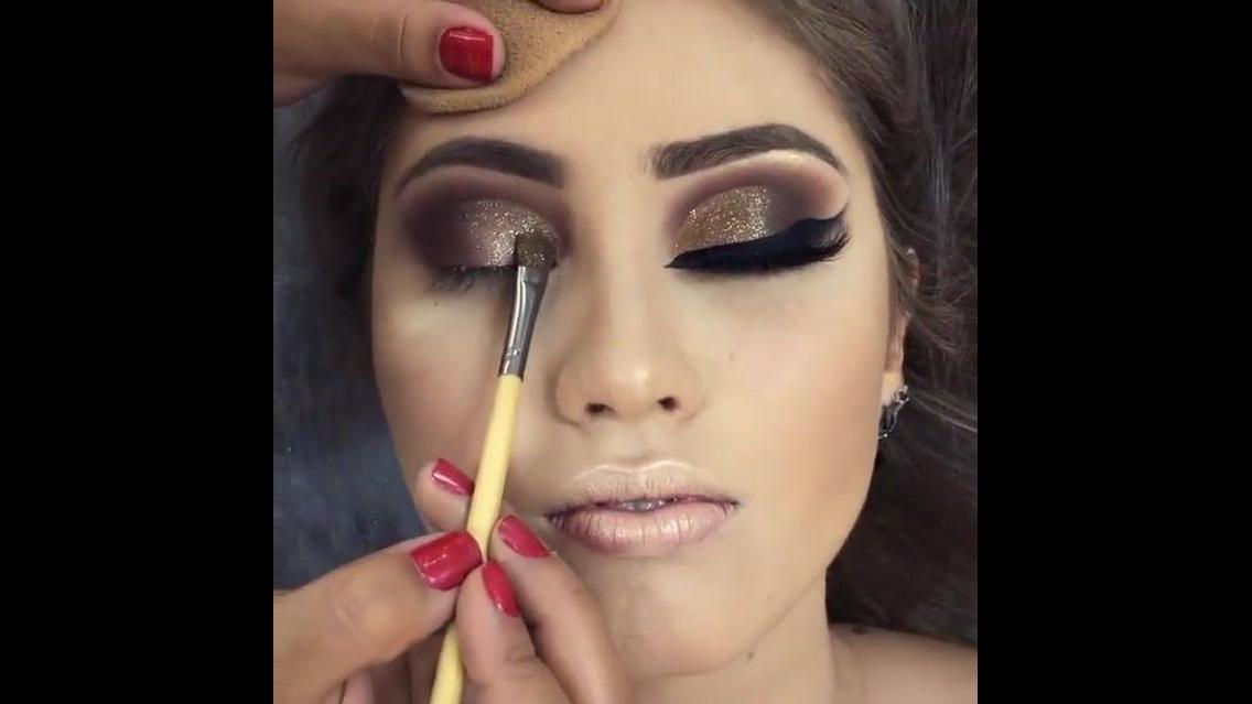 Maquiagem com sombra marrom e pigmento dourado, e batom nude!!!