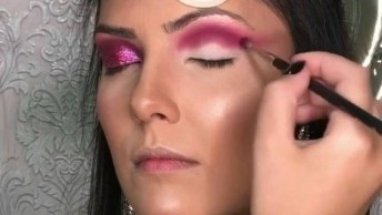 Maquiagem Com Sombra Rosa Com Glitter E Aplicação De Estrelinhas Para Festa!