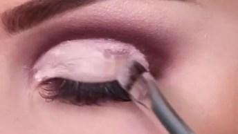Maquiagem Com Sombra Rosa E Marrom, E Aplicação De Strass, Olha Só Que Lindo!