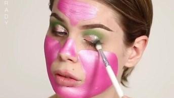 Maquiagem Completa Com Esfumado Verde E Detalhe De Flores!