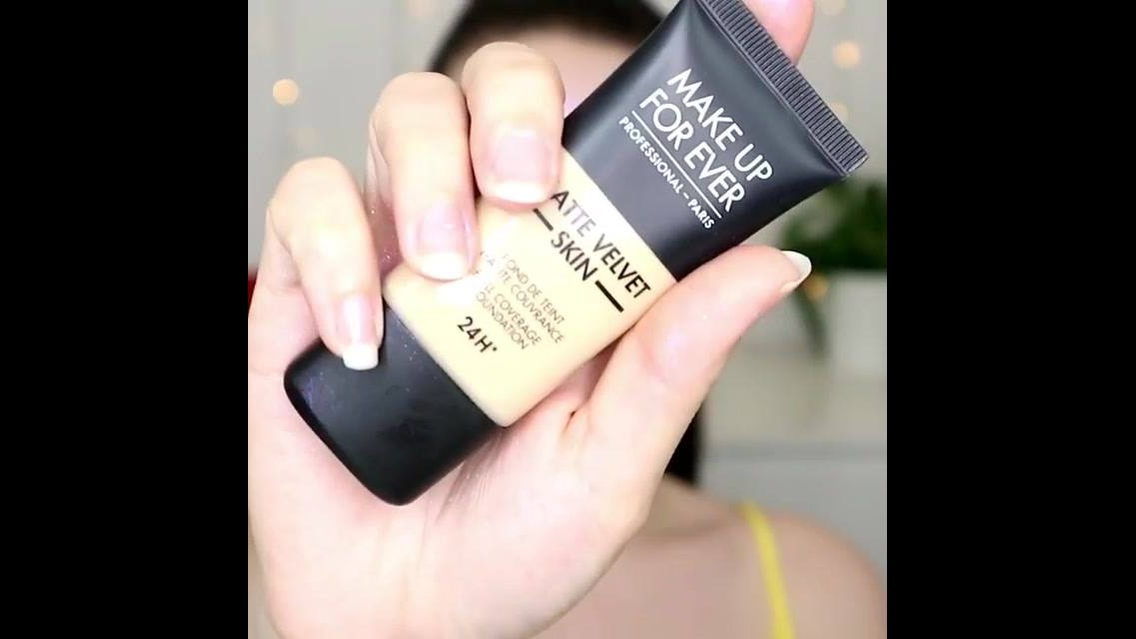 Maquiagem completa com preparação de pele, e sombra roxa com brilho!!!
