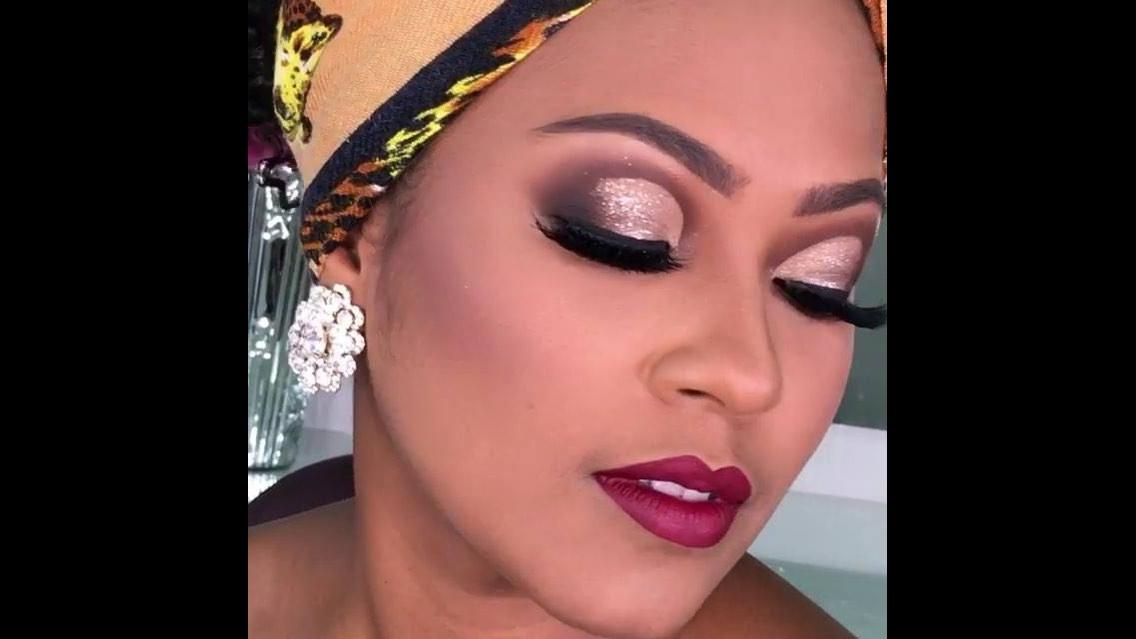 Maquiagem maravilhosa para mulher morena