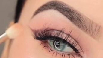 Maquiagem Para Olhos Com Efeito Sombreado Marrom, Resultado Lindo!