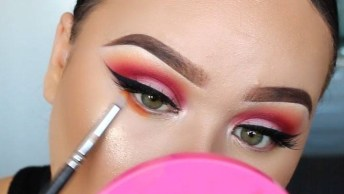 Maquiagem Para Olhos Marcados E Em Evidências, Confira E Compartilhe!