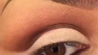 Maquiagem Para Os Olhos Com Esfumado Preto E Detalhe Branco!