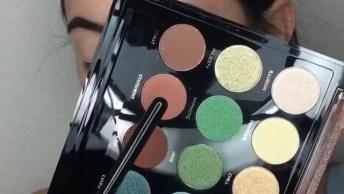 Maquiagem Suave Com Sombra Azul E Esfumado Marrom Perfeita Para O Dia A Dia!