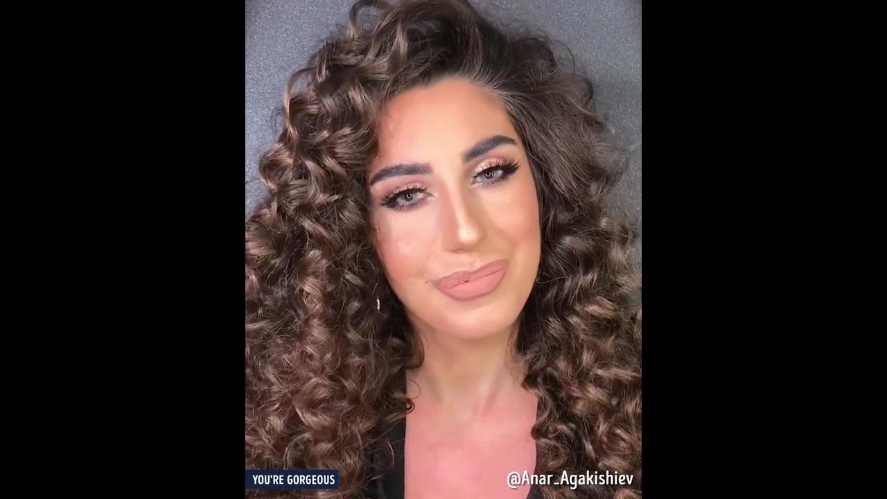 O poder da maquiagem na vida de mulheres com rosto com marcar de cicatrizes
