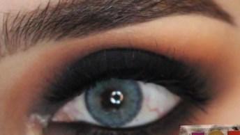 Olho Esfumado De Preto E Com Cílios Postiços, Fica Muito Bonito!