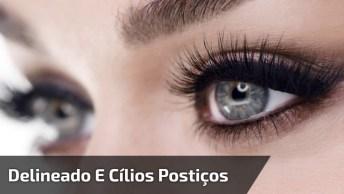 Olhos Maquiados Com Delineado Preto E Cílios Postiços, Muito Lindo!