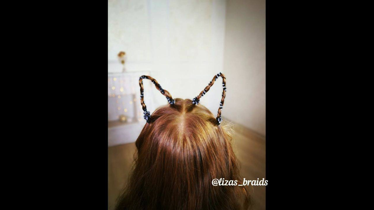 Penteado com formato de orelhas de gatinhas muito legal de fazer