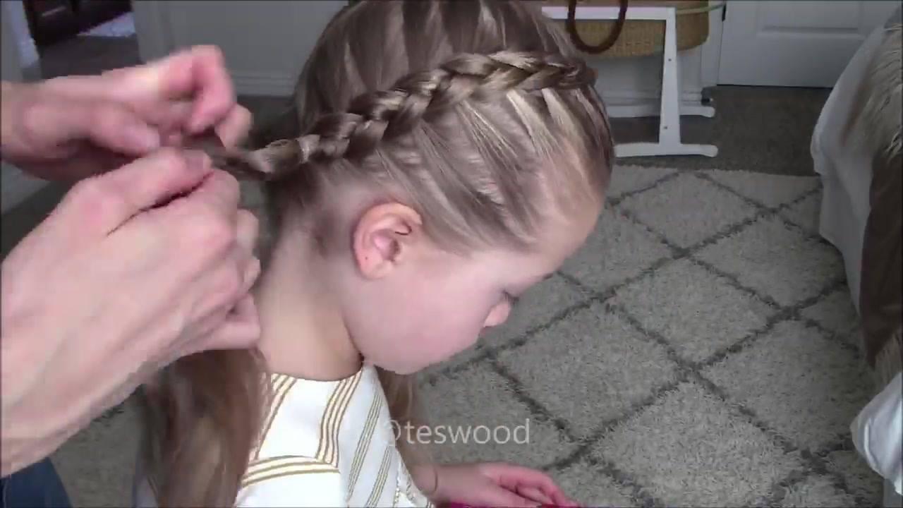 Penteado para garotinhas com duas tranças, veja que lindo!!!