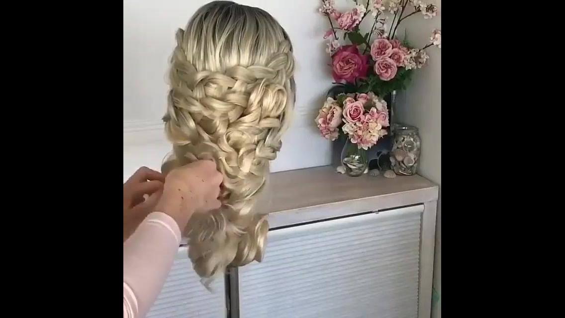 Penteado sofisticado com trança