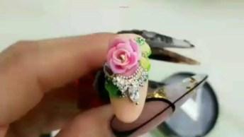 Sugestão De Decoração Apra Unhas Com Flor Rosa, Fica Linda!