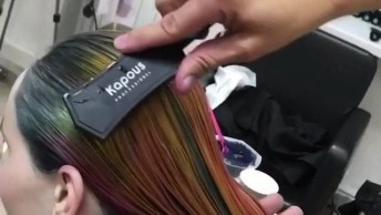 Transformação De Cabelo Loiro Para Cabelo Arco-Iris, Veja Que Lindo!