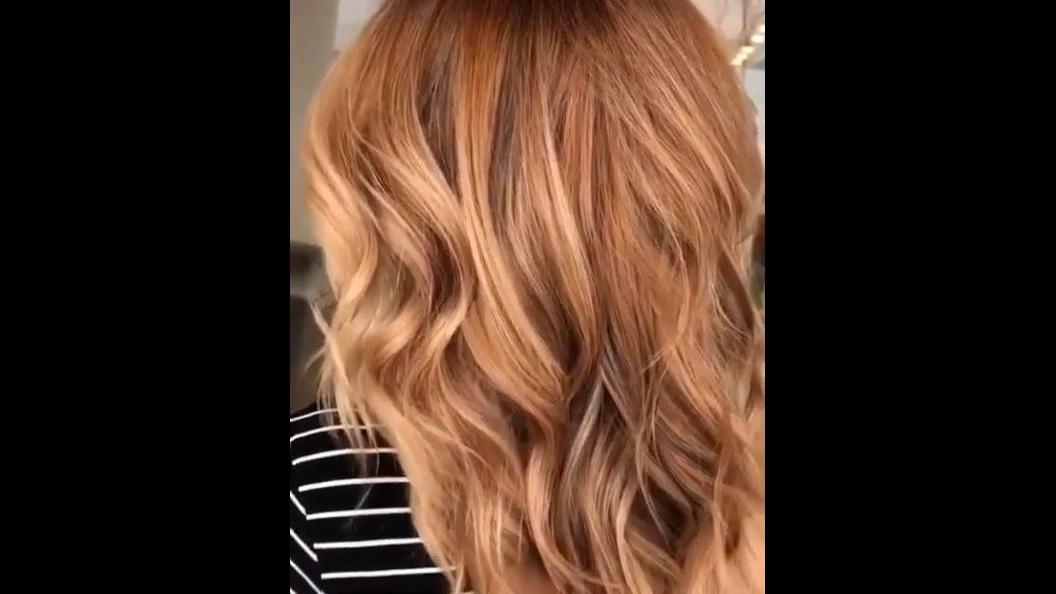Transformação de cabelo loiro para caramelo, uma linda cor que vem com tudo!!!