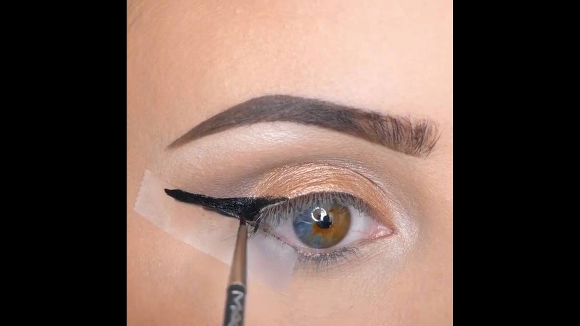 Truques de maquiagens: Batons, olhos
