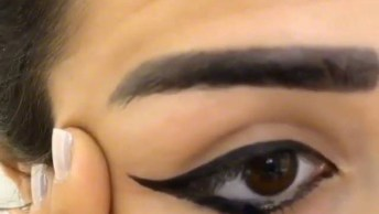 Tutorial De Delineado Nos Olhos E Sobrancelhas, Simples E Perfeito!