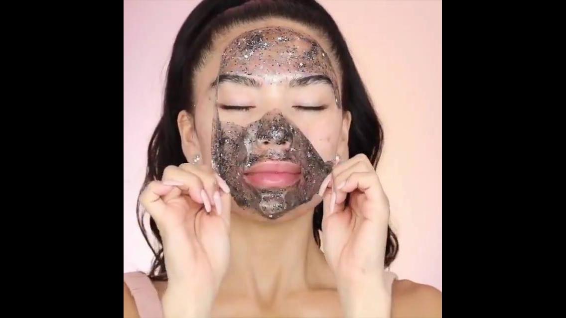 Tutorial de maquiagem com aquele tratamento para dar uma tonificada na pele