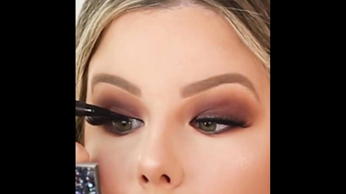 Tutorial de maquiagem fácil de aprender