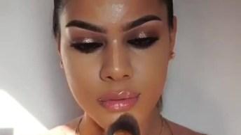 Tutorial De Maquiagem Para Mulher Que Adoram Ousadia, Fica Linda!