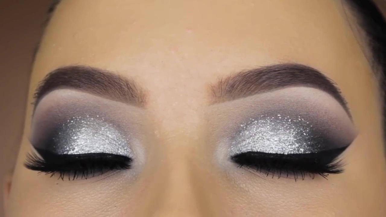Tutorial de maquiagem prata com esfumado