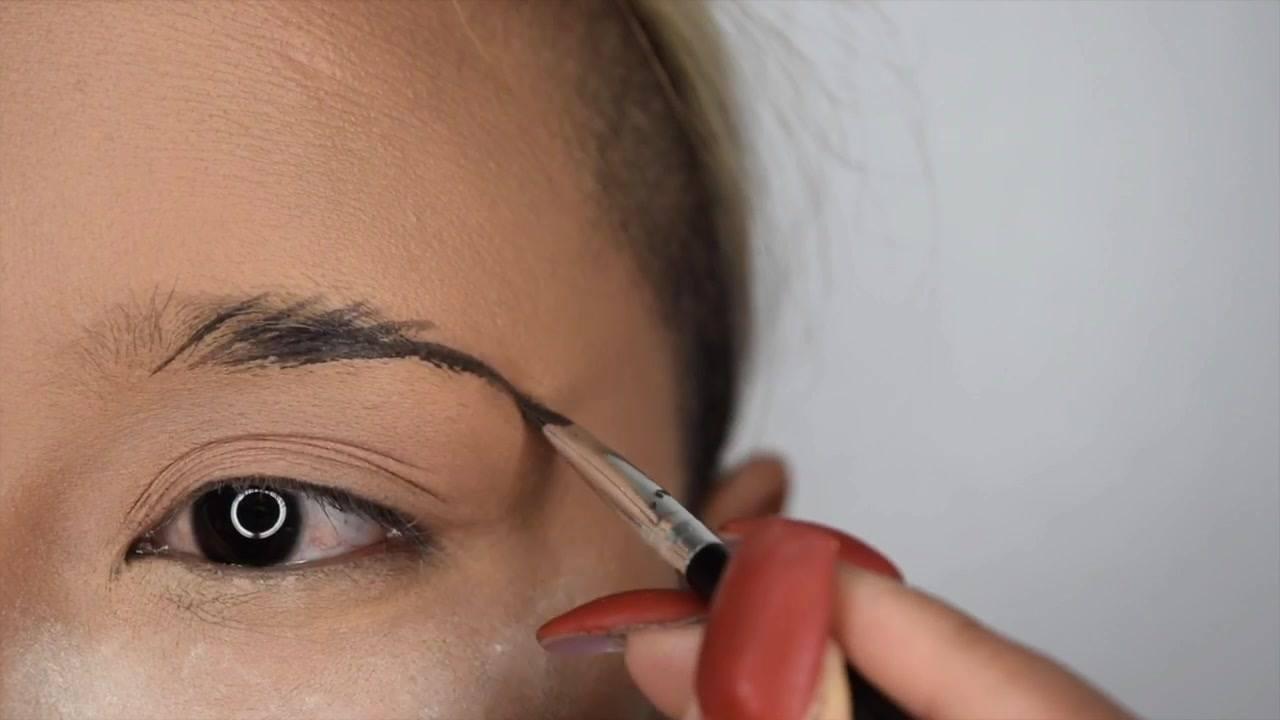 Tutorial de preenchimento de sobrancelhas com maquiagem