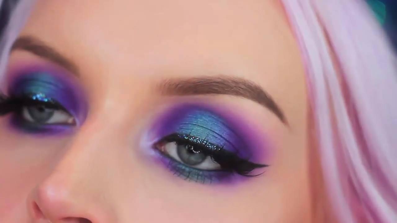Tutorial de sombra azul com lilás maravilhosa
