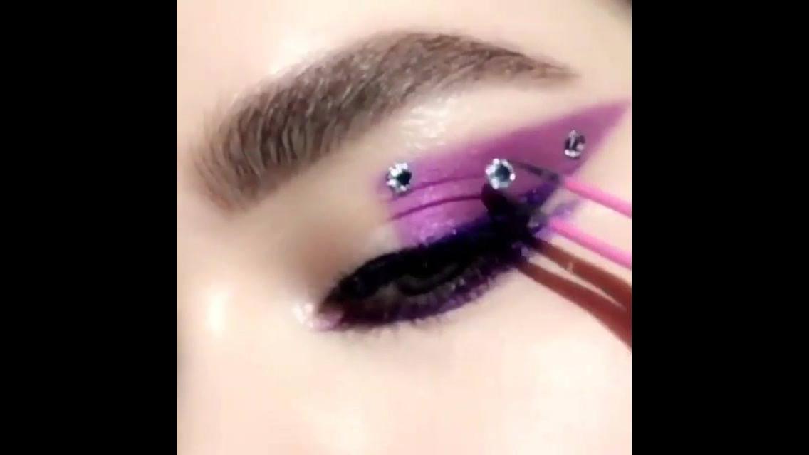 Tutorial de sombra lilás para carnaval
