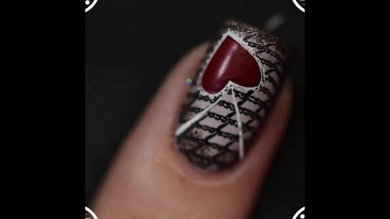 Tutorial de unhas decoradas com corações de várias formas diferentes